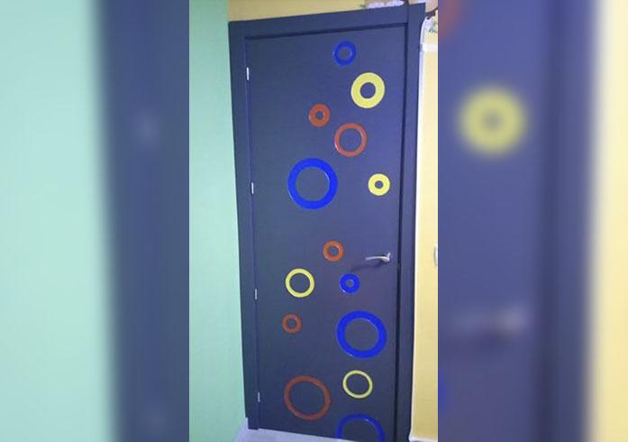 ejemplo de instalacion de puertas interiores